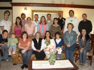 2007 Graduate Students Visiting Mackie House